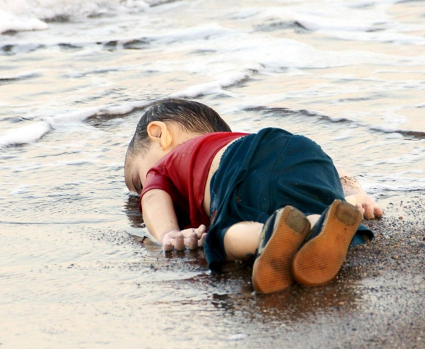 Aylan Kurdi, Who Drowned in Search of Peace Arab,war,victim,humanity,sectarianism